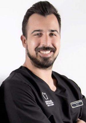 Dr. Gonzalo Benitez MurriDr. Gonzalo Benitez Murri